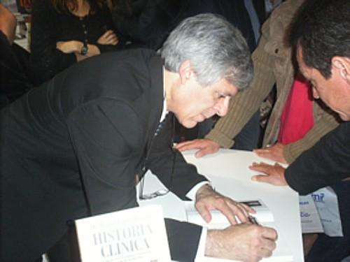 """PRESENTACIÓN DEL LIBRO:""""HISTORIA CLÍNICA"""" DEL DR. DANIEL LÓPEZ ROSETTI EN LA EDICIÓN 37º DE LA FERIA INTERNACIONAL DEL LIBRO EN EL PREDIO RURAL DE PALERMO EN LA CIUDAD DE BUENOS AIRES - ARGENTINA"""